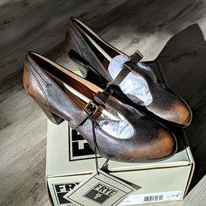 Frye NWT Lois T Strap Heels 7.5 Dark Brown